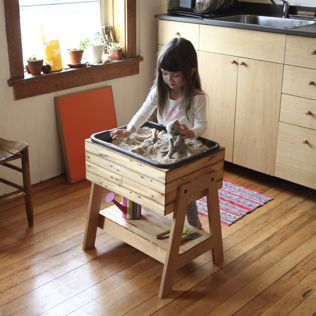 Indoor Sand And Water Table   Elephant Playthings